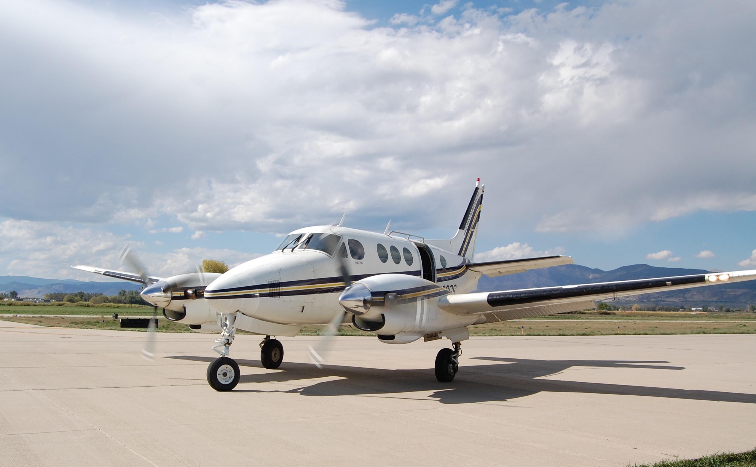 Location d'un avion privé beech 65 A90