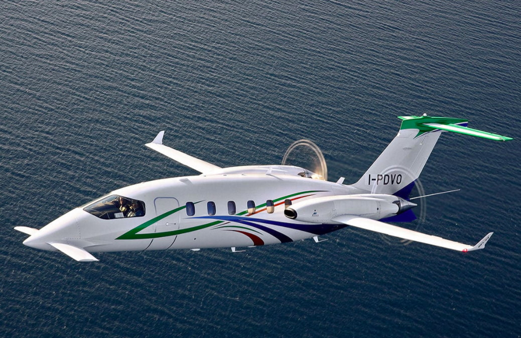 The Piaggio Avanti P180 EVO in flight