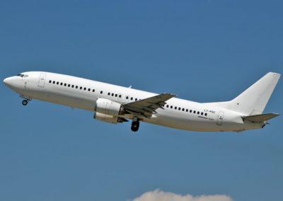 Boeing B737-400 au décollage