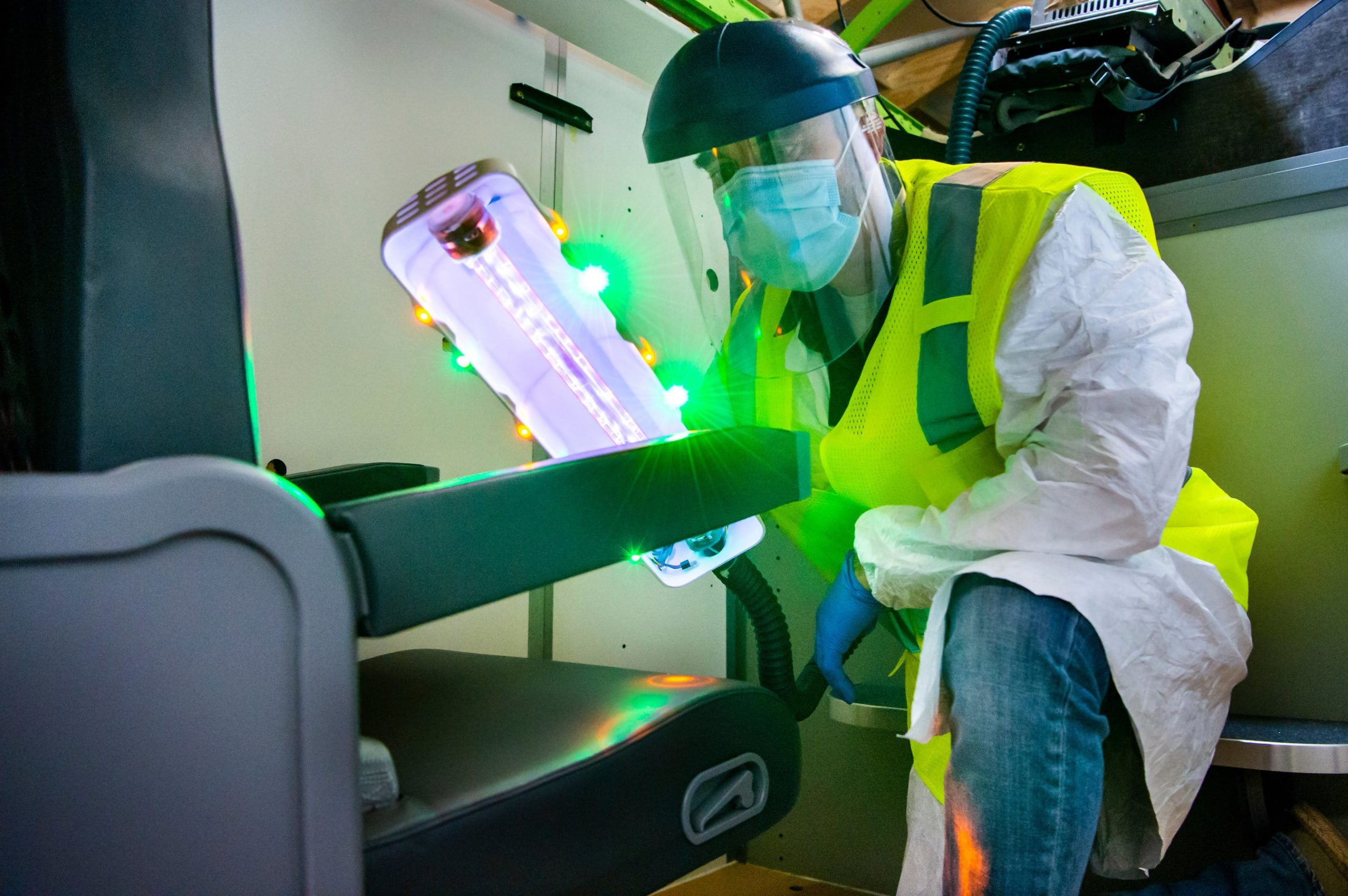 La lumière UV de Boeing pour désinfecter les sièges des avions de tous les virus