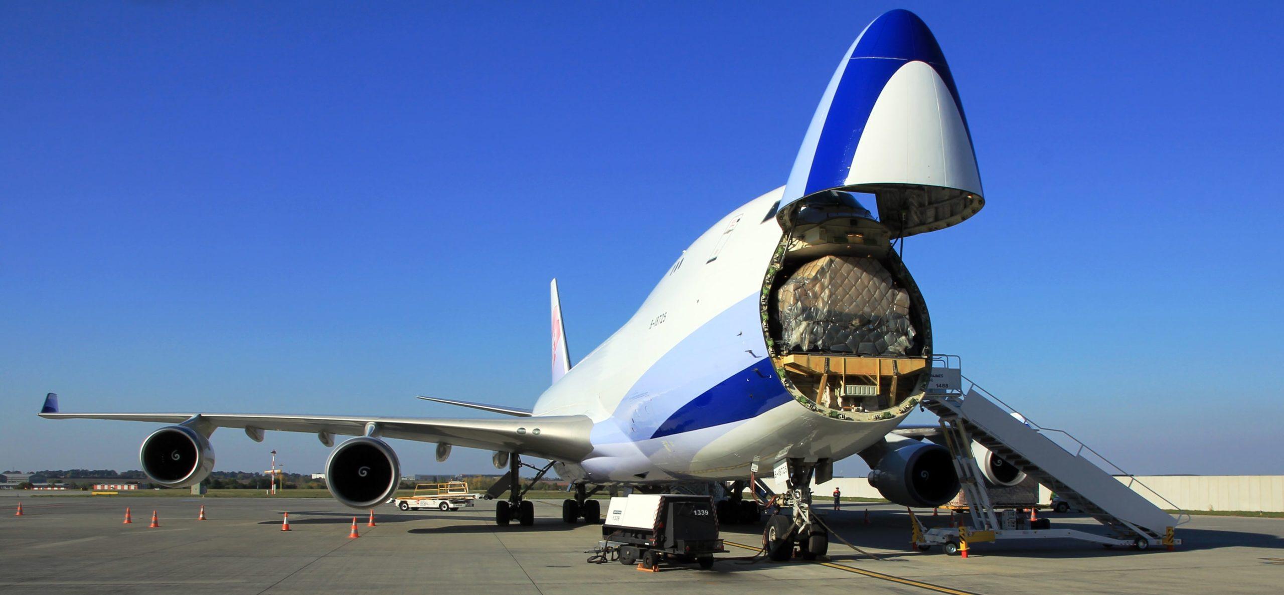 Le Boeing B747 Cargo pour le transport aérien des vaccins COVID-19