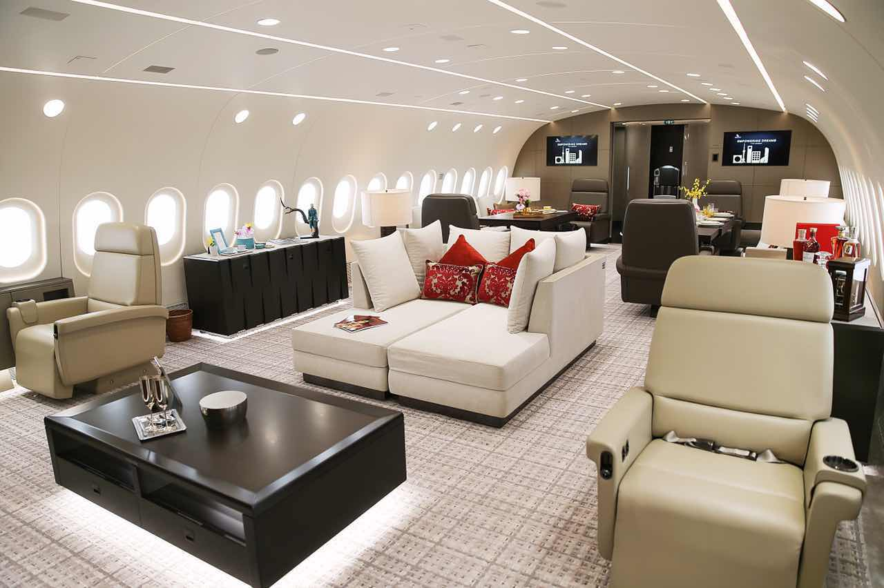 Interior of the 787-800 Dreamliner Private JEt VIP