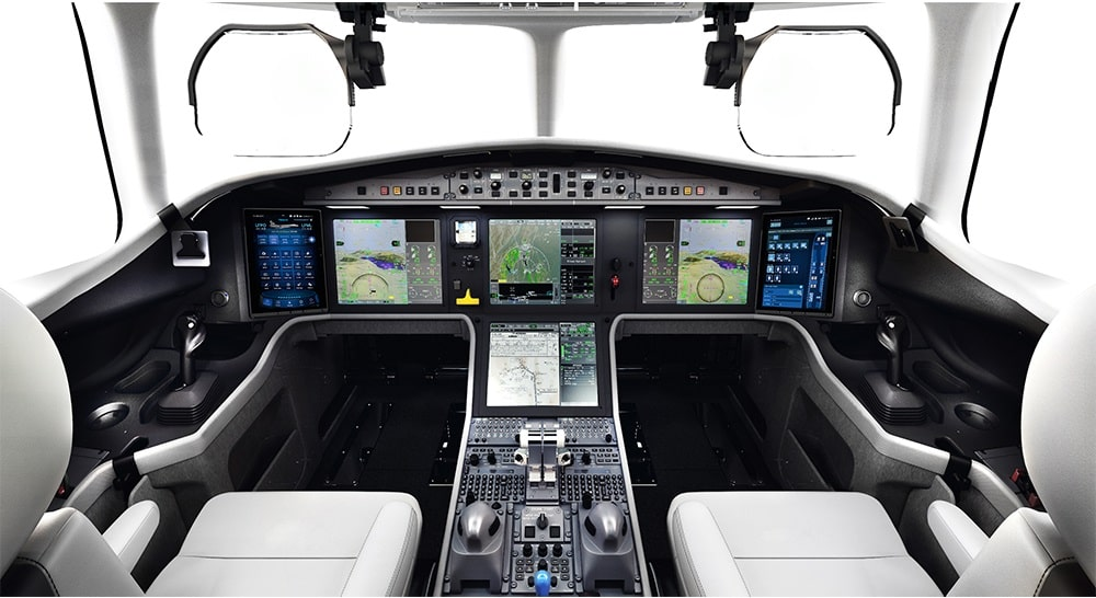 Cockpit of the Falcon 6X
