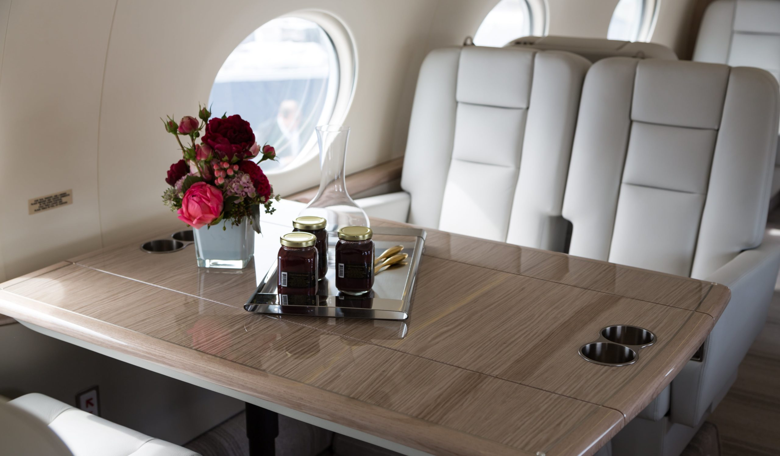 Luxurious interior of the Gulfstream G550