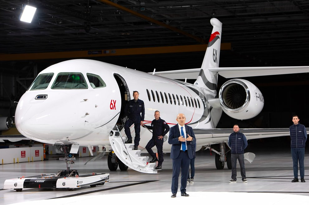 Roll-out of the Dassault Aviation Falcon 6X